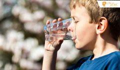 Uống quá nhiều nước có sao không?